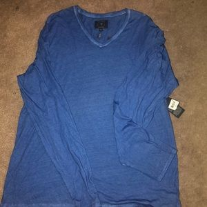 Brand new with tags Men's Guess shirt